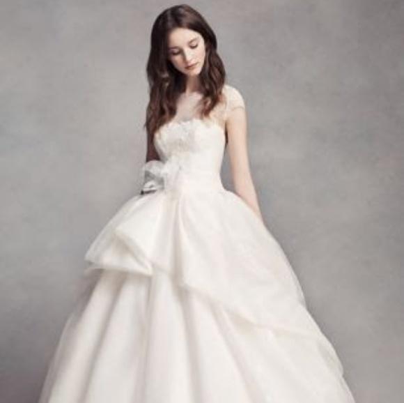 e3aaa6c23e7c7 White by Vera Wang Dresses | Lace Illusion Dress | Poshmark